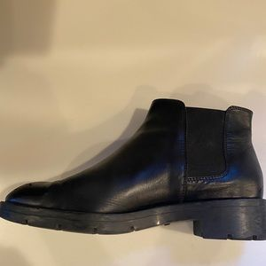 TOD'S Chelsea black boots